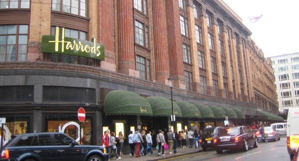 I tessuti Made in Italy da Harrods per Green e sostenibilità